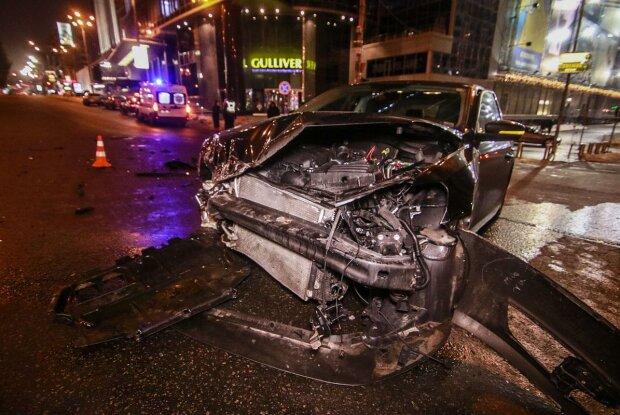 Смертельна ДТП в центрі Києва: у мережу просочилося моторошне відео з місця аварії, - не для слабкодухих