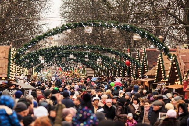 Новий рік, https://hotel-edem.lviv.ua/ru/novyj-god-vo-lvove/