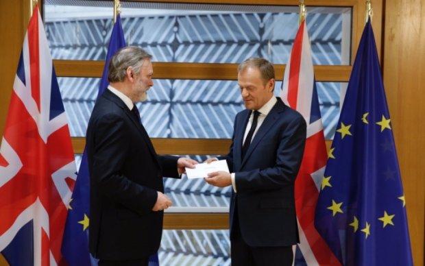 Туску пришло заявление от Британии о запуске Brexit