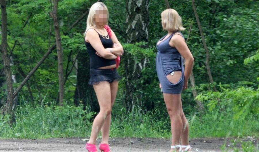 Сняли проститутку в парке смотреть все проститутки болеют