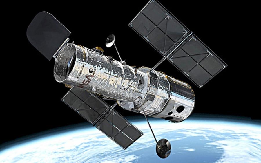 nasa building the hubble space telescope - 900×563