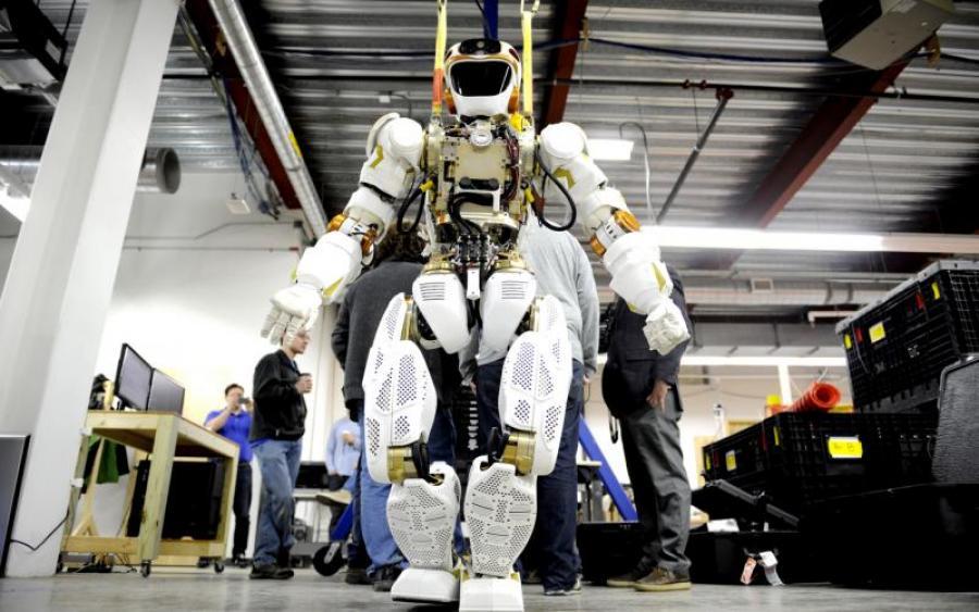 NASA похвалилося власним C-3PO  770968a1f037d