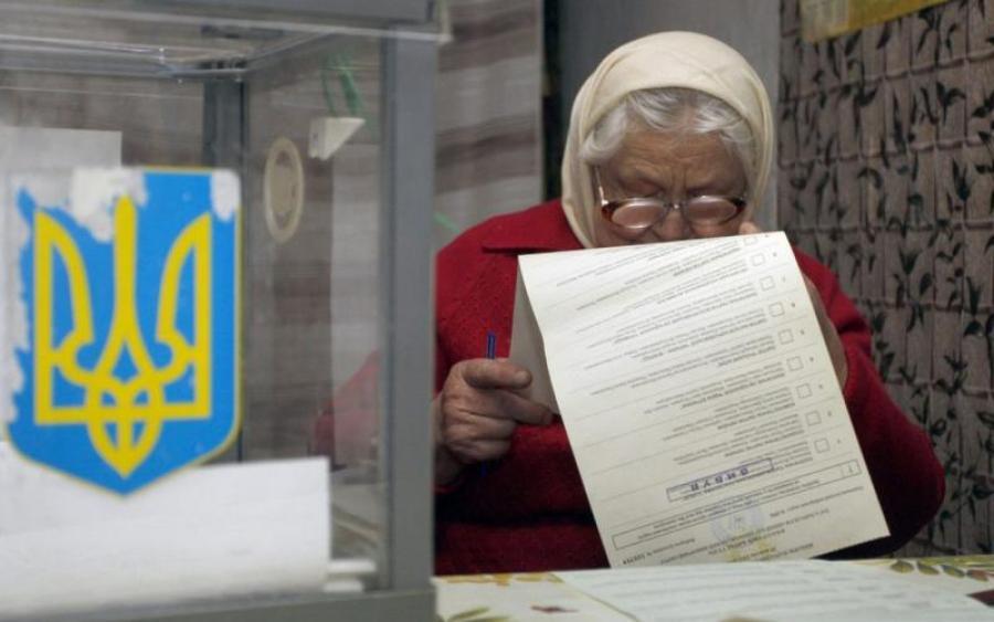 Украинцев-пенсионеров хотят лишить права голоса навыборах