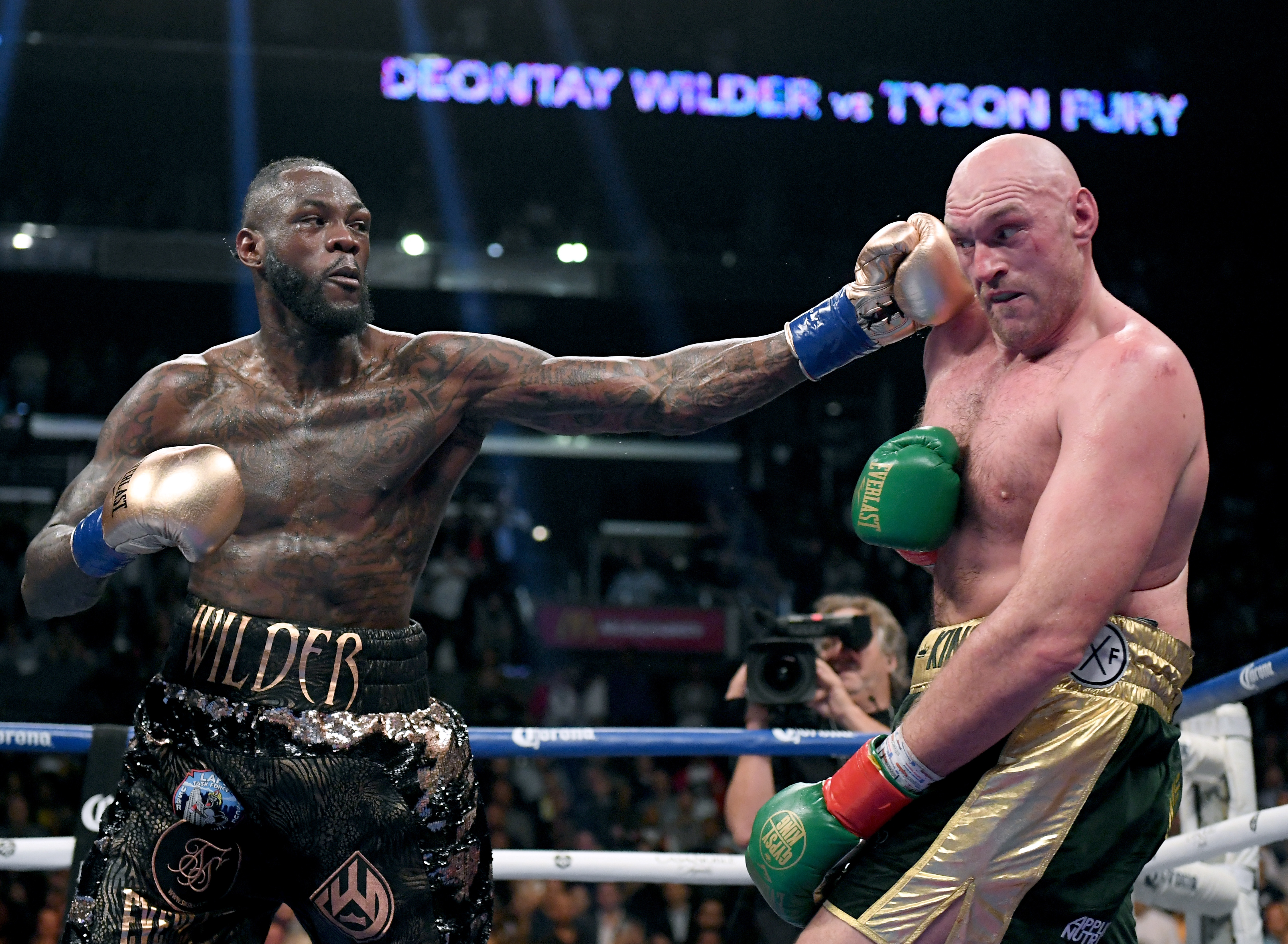 Deontay Wilder promises lots of blood!