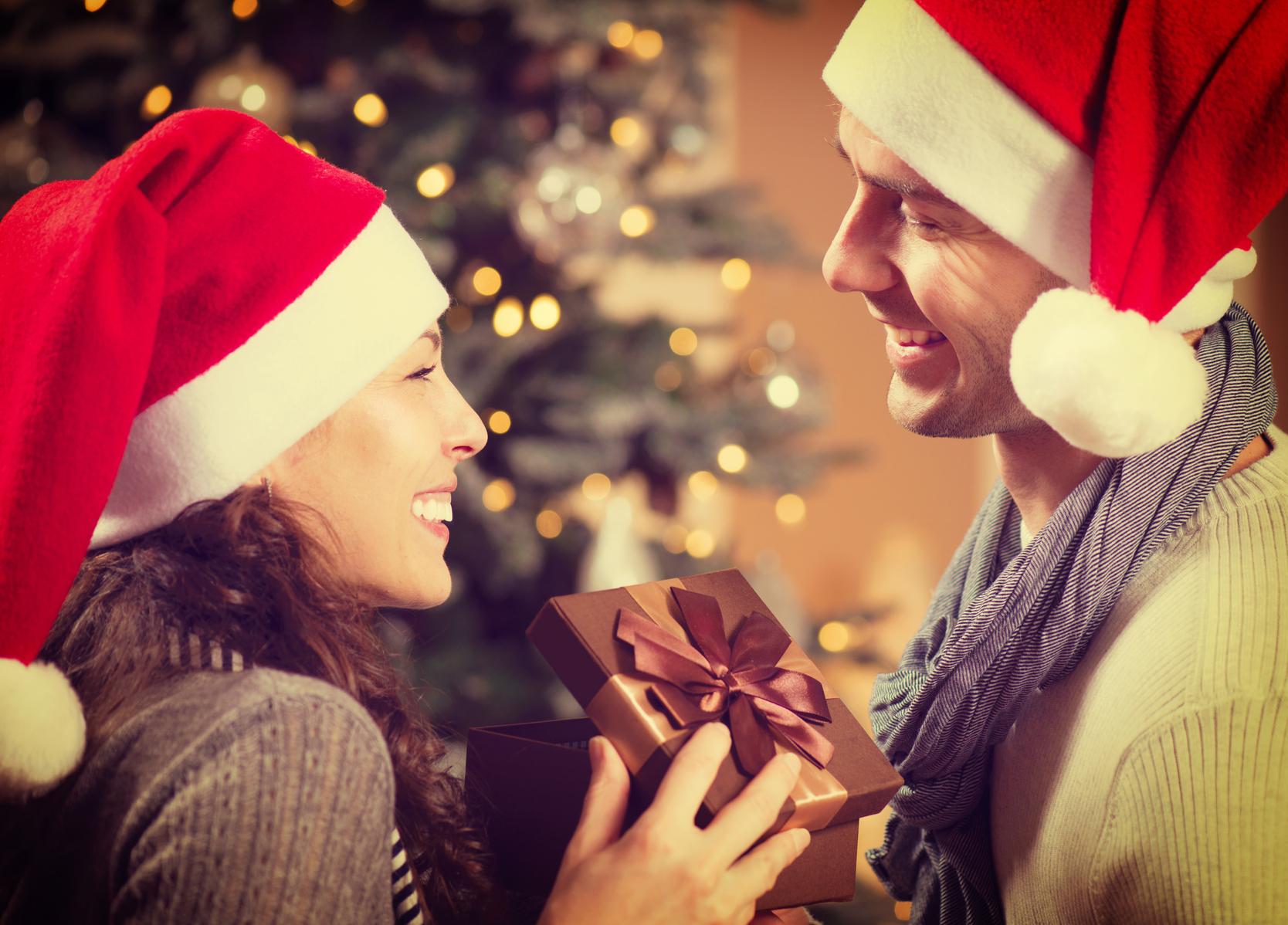 Что подарить девушке на Новый год самые оригинальные идеи
