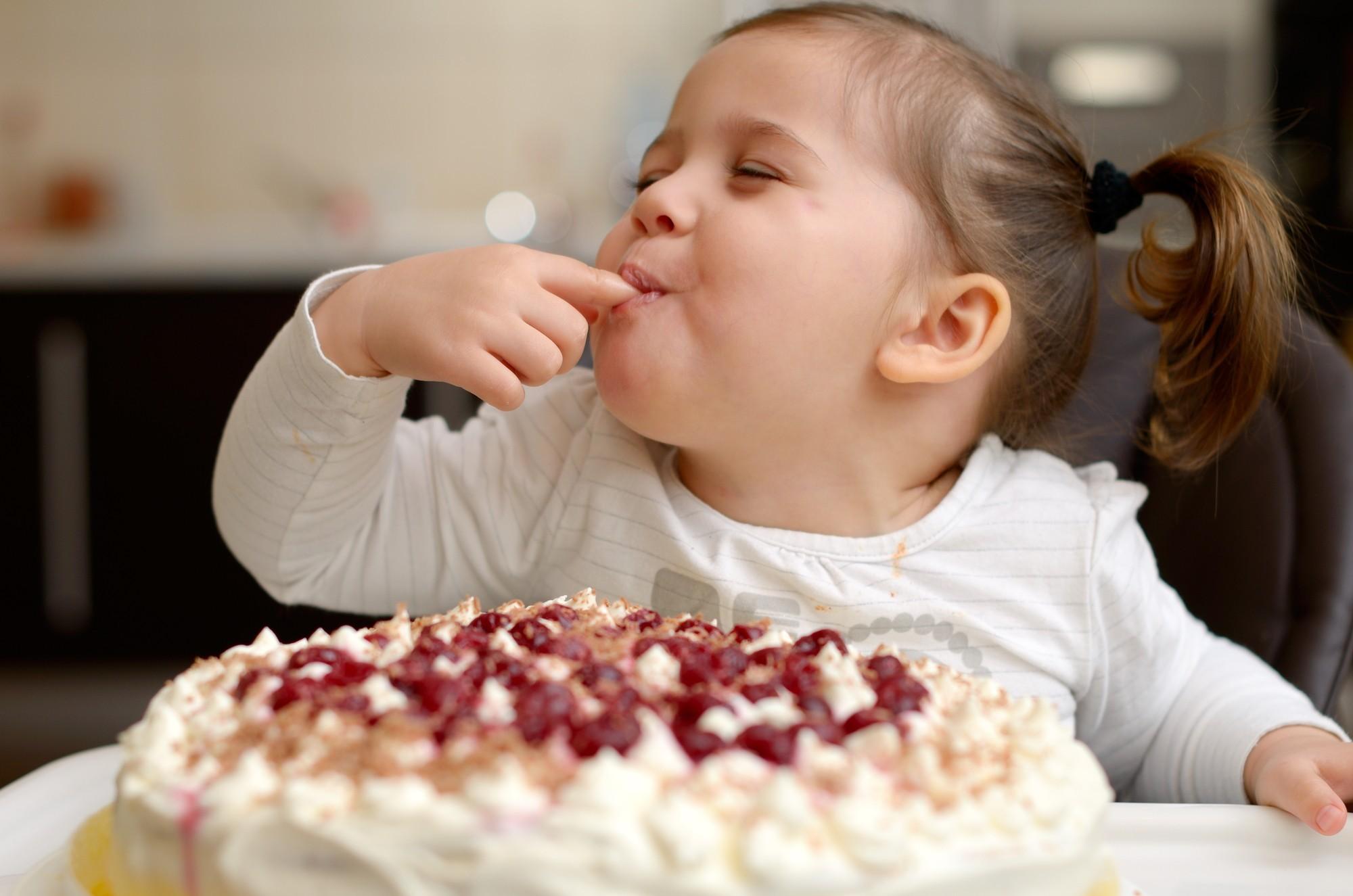 Картинки с тортиками смешные