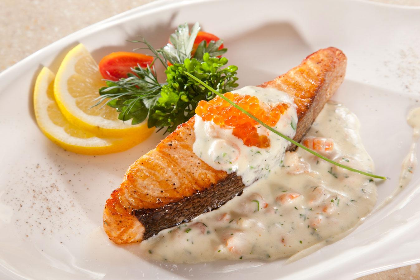 рыба под белым соусом рецепт с фото обсудить все заранее