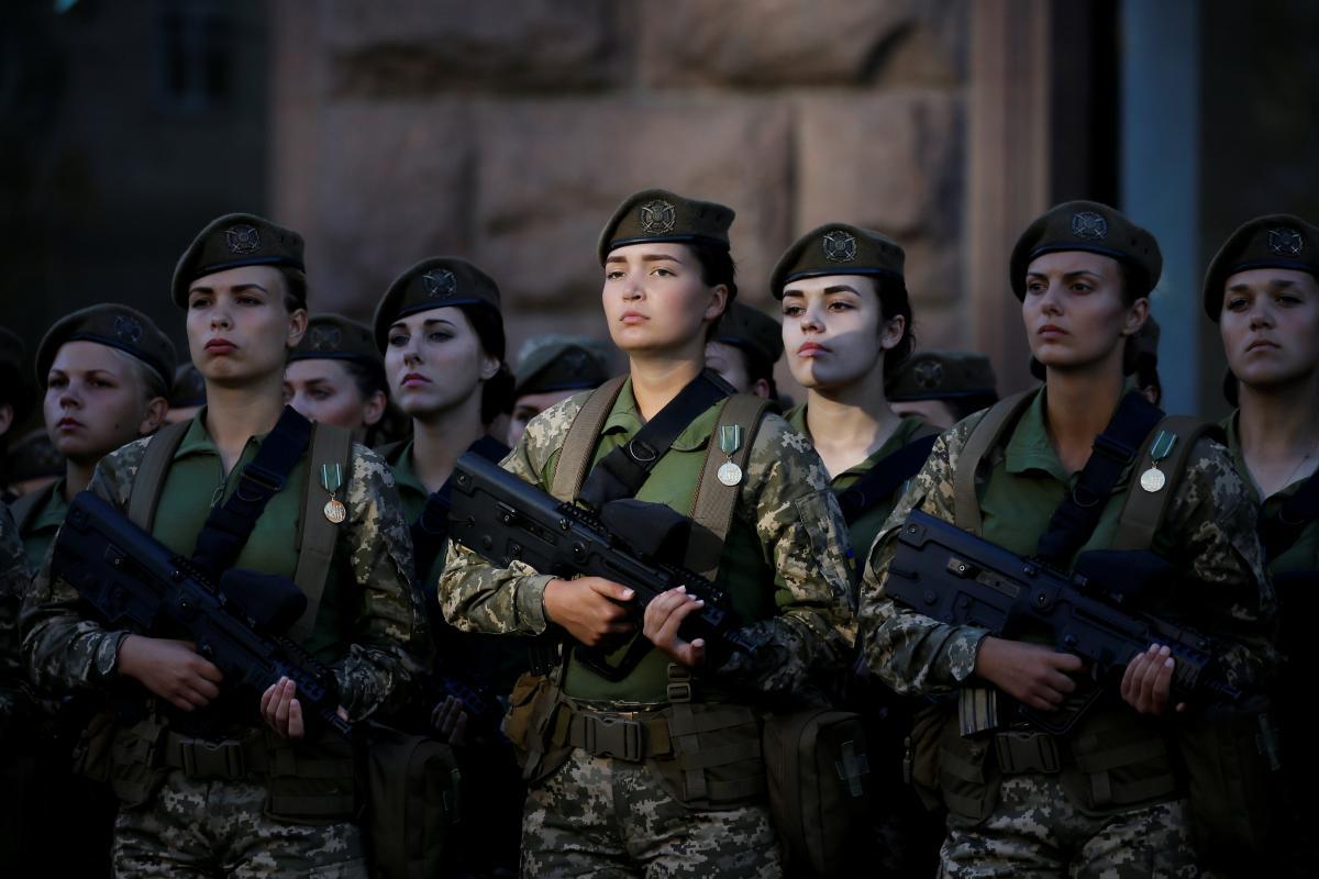 Озвучено, скільки жінок служить у ЗСУ - ЗНАЙ ЮА