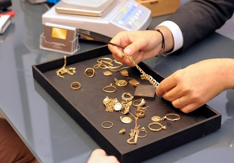 В оценка золотых ломбарде часов ссср цена луч женские часы продать