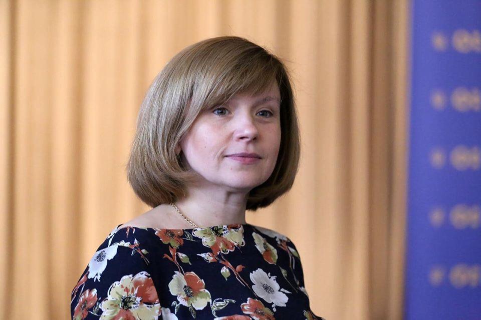 Карантин в Україні заморозив ЗНО, скасував іспити та змістив навчальни