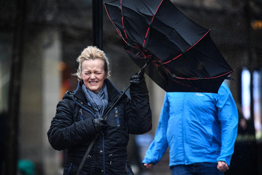 Прогноз погоды на завтра разочарует украинцев - хоть из дома не выходи