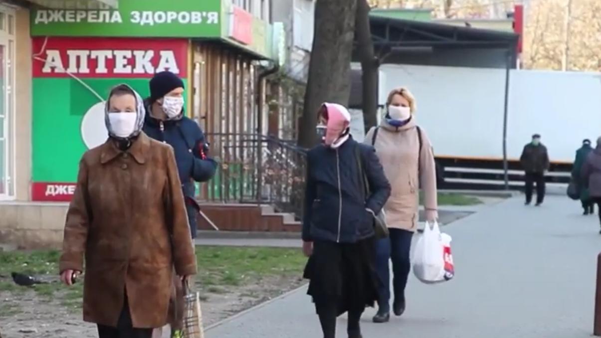 На пенсию - в 55: украинцы требуют пересмотреть стаж, насколько это реально