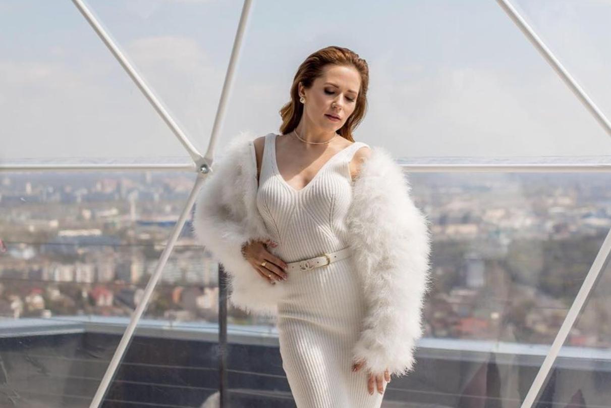Звезда 'Крепостной' Наталья Денисенко увлеклась танцами на пилоне: 'Те